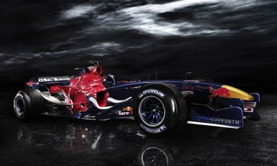 F1 Desktop Backgrounds for high end mobile devices