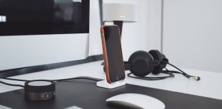 best iphone charging stands