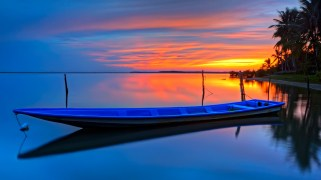 boat ocean palm trees sunset 1920x1080