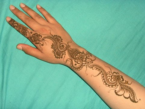 Mehndi design for Ramadan for Eid