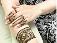 Superb-Geometrical-Henna-mehndi Design