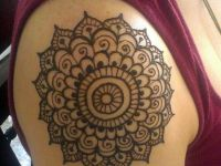 shoulder-mehndi-heena-design latest