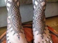 feet design for both legs