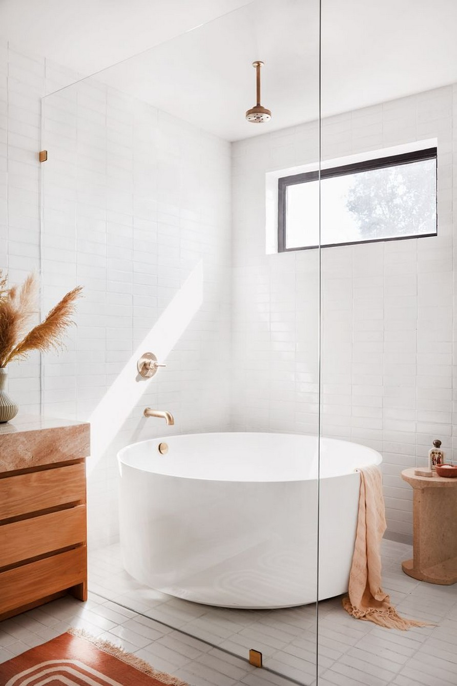 49 Luxury Bathrooms And Tips You Can Copy From Them 18