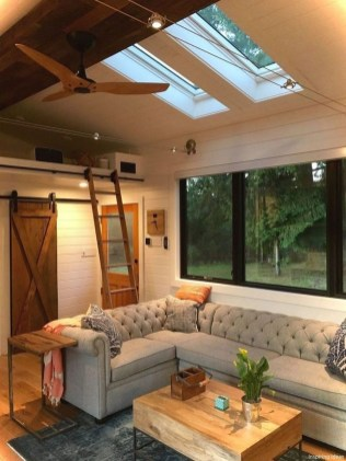 54 Must See Tiny House & Bus Conversion 33