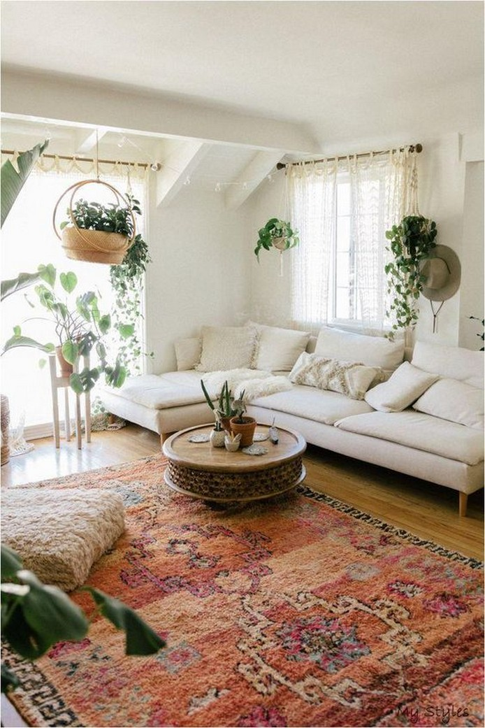 28 Living Room Furniture and Furnishings Home Decor 24