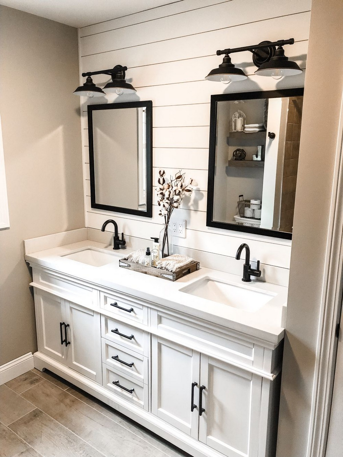 70 Master Bathroom Remodeling For Man and Woman Home Decor 35