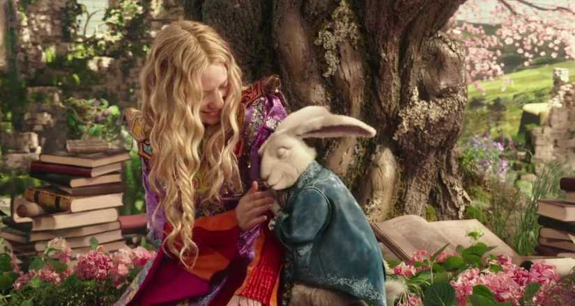 Download Alice Through the Looking Glass Full Movie Hindi 720p