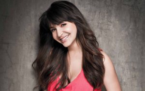 anushka-sharma-2014-wallpaper-2