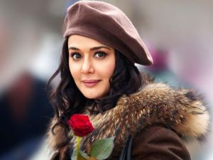 cute-preity-zinta-in-switzerland