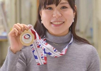 吉田夕梨花の出身大学や彼氏を調査!かわいい姉と画像比較してみた!
