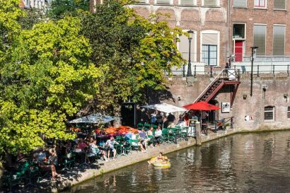 Oudegracht�20ad�20werf,�20terras,�2010,�20Anne�20Hamers_preview_jpeg