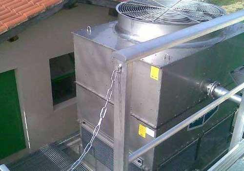 Station de traitement avec aéro-réfrigérants 40m3/h HEA Pau 64