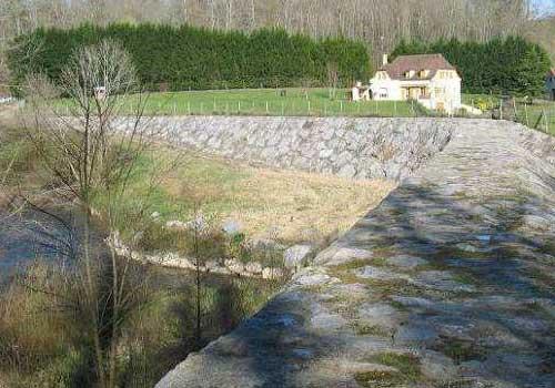 Bassin écrêteur en enrochements jointoyés HEA Pau 64