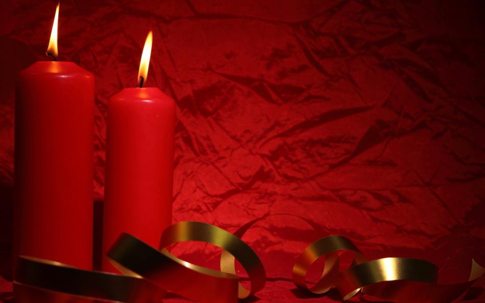 フォーキーな男性の愛のための赤いキャンドル