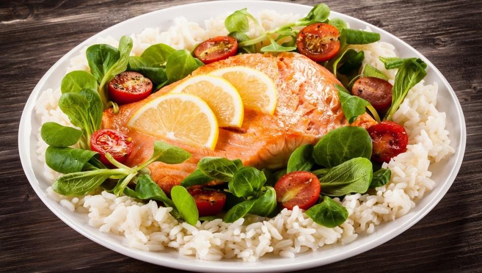 Второе рыбное блюдо с гарниром: оформление