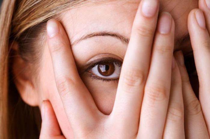 strach z datovania príznaky