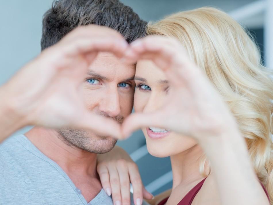 10 znamenie, že ste datovania muža, nie chlapec