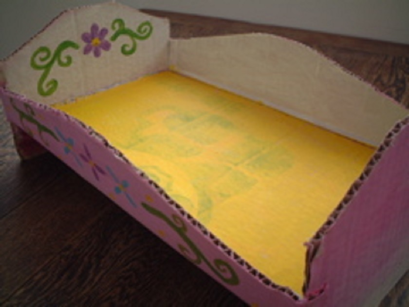 Люлька из картона для кукол