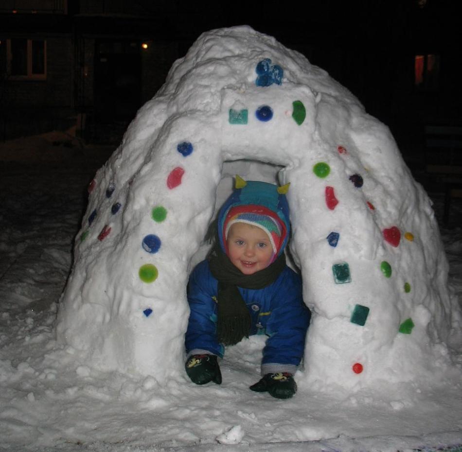 装饰针,来自雪的愚蠢,宝宝看起来