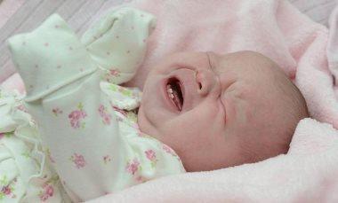 Когда (во сколько месяцев) у ребенка режутся зубы: как режутся зубы у детей