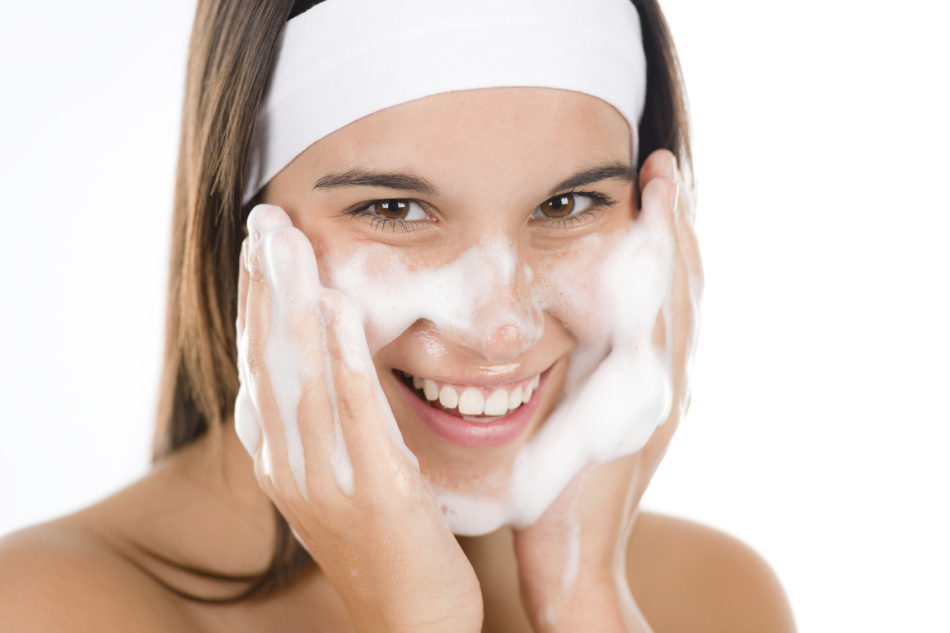 Facial cleaning at home