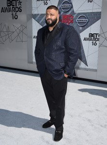 dj-khaled-bet-awards-2016-red-carpet