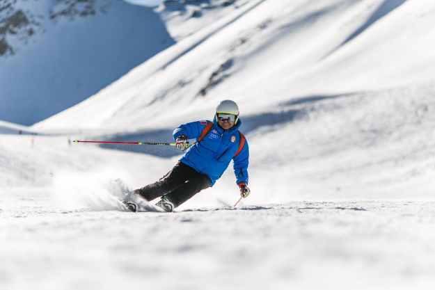 Ski Fit, skiing, ski exercises, snowboarding, winter holiday