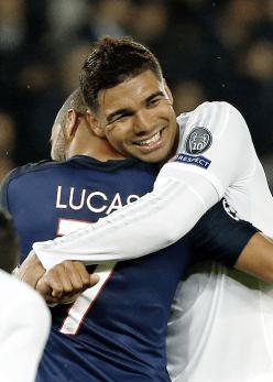 Casemiro hugs Moura
