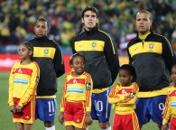 Robinho+Kaka+Brazil+vs+North+Korea+World+Cup+ODpKMP4nV1tl
