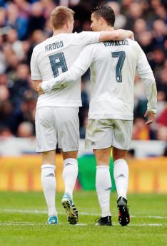 Kroos and Ronaldo love