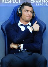 April 26, 2016 - Manchester, Germany - UEFA Champions League - Semi-Final (1st Leg) - Manchester City v Real Madrid - Cristiano Ronaldo of Real gives the thumbs up as he sits on the bench wearing headphones - Photo: Simon Stacpoole / Offside. (Credit Image: © Action Press via ZUMA Press)