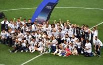 Large group photos