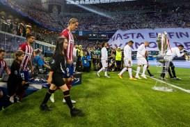 The teams enter