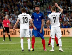 MARSEILLE, FRANCE - JUNE 15: Olivier Giroud of France (C) vies with Ansi Agolli of Albania (R) during the UEFA Euro 2016 Group A match between France and Albania at Stade Velodrome in Marseille, France on June 15, 2016. (Photo by Burak Akbulut/Anadolu Agency/Getty Images)