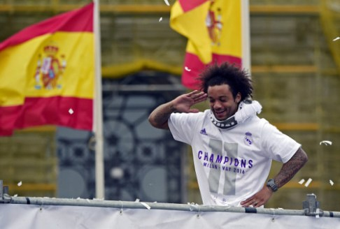 Marcelo salutes
