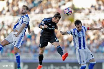 Bale header