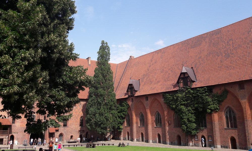 Zdjęcia z Malborka - dziedziniec