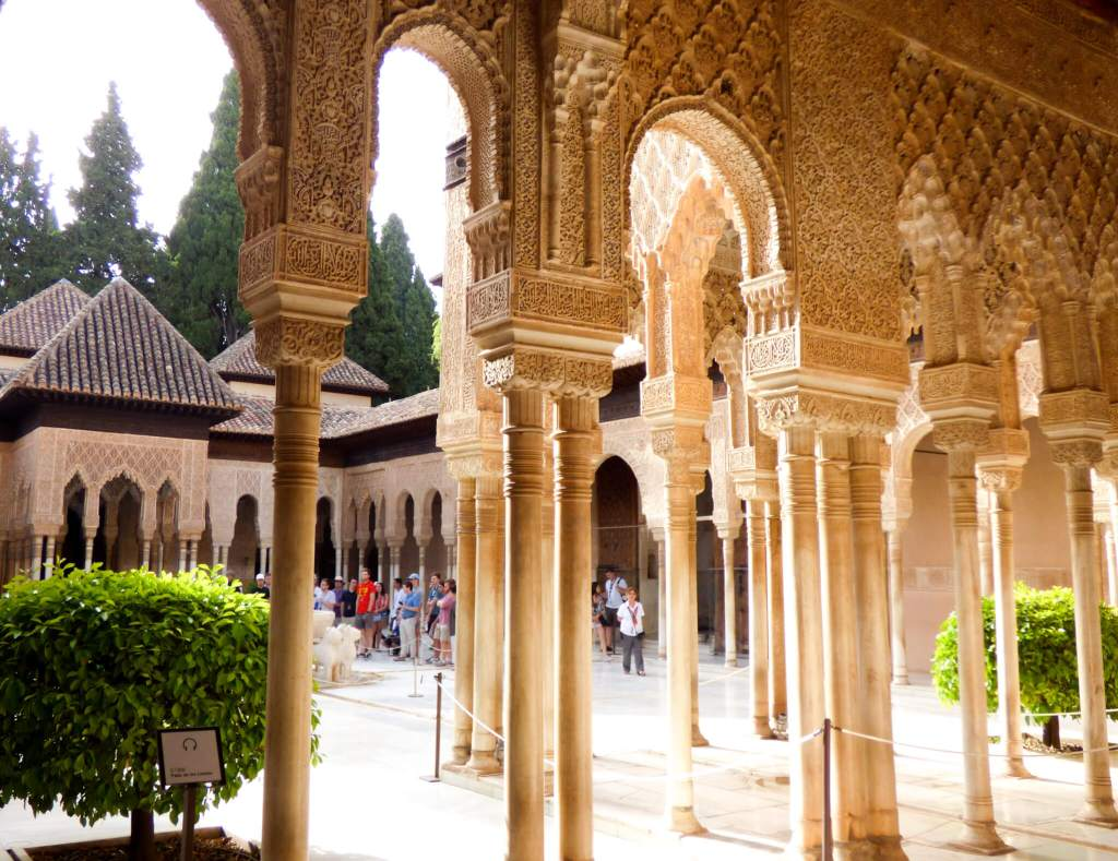 Alhambra w Grenadzie w Hiszpanii - Hiszpania w zdjęciach
