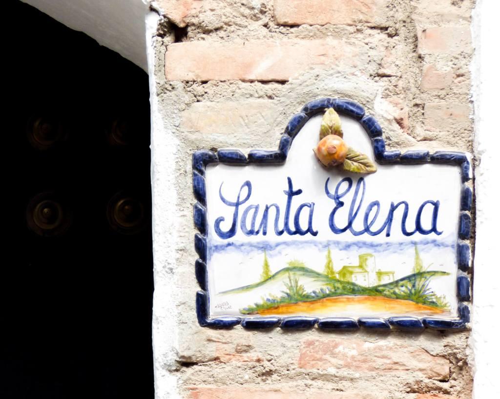 Santa Elena - uliczka w Grenadzie - Hiszpania w zdjęciach