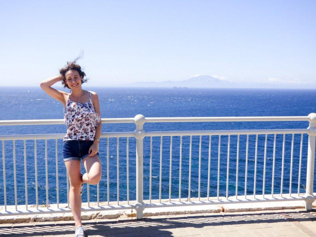 wycieczka na Gibraltar - widok na zamgloną Afrykę
