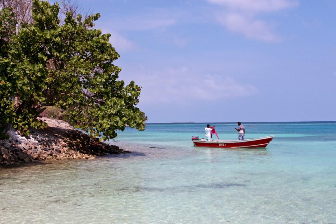 Playa Gente de Mar, Isla Rosario, Colombia