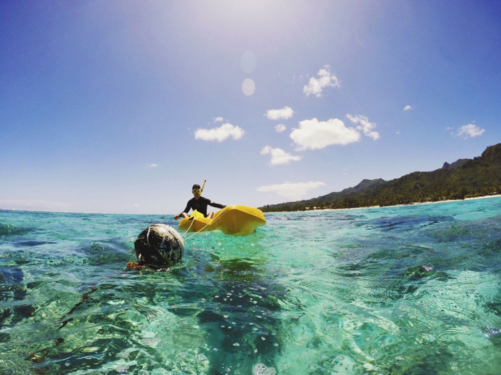 Kayaking on Rarotonga lagoon in Cook Islands