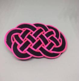 Knot_hairclip_pinkblack
