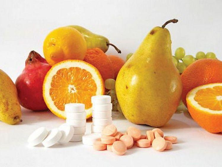 Всем известна польза витаминов для здоровья. Но мало кто знает об их вреде