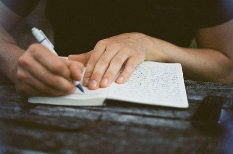 Что ваш почерк может рассказать о ваших болезнях