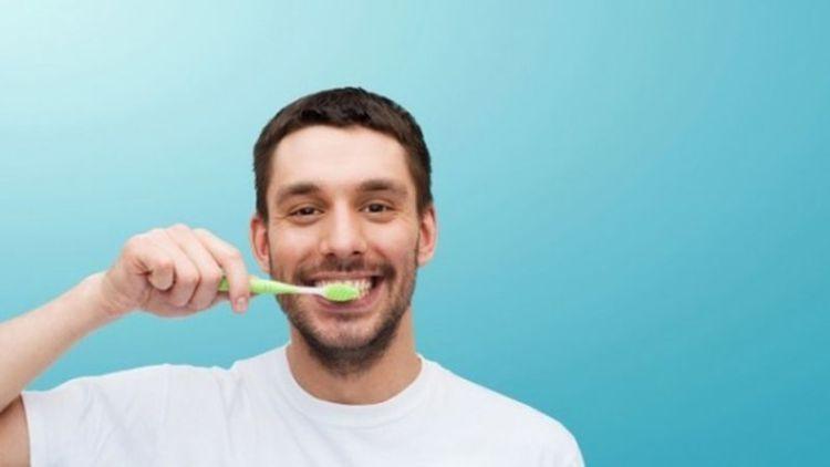 Как защититься от гриппа с помощью обычной зубной щетки