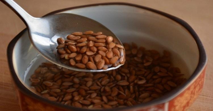 Уникальный состав семян льна позволяет предотвратить множество заболеваний