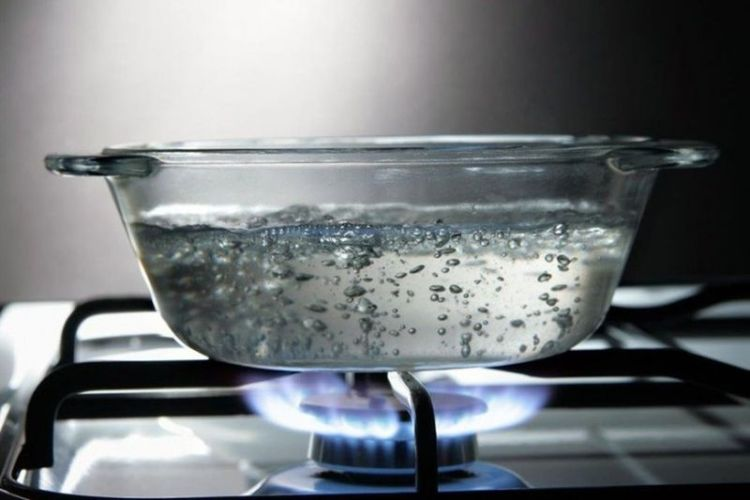 Сколько раз можно кипятить воду: мнение профессионального врача-эксперта