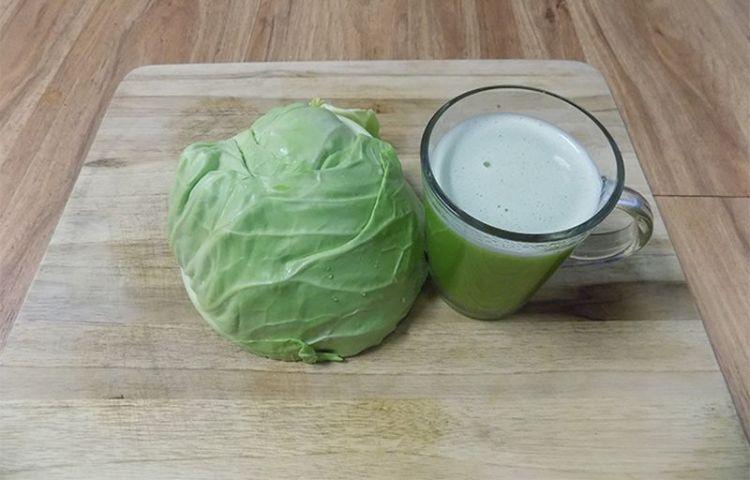 Выведет токсичные яды и увлажнит кожу: избавление от болезней при помощи капусты и капустного сока
